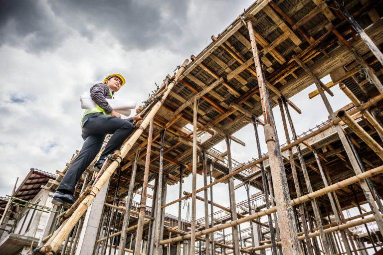 תקנות עבודה בגובה על סולמות